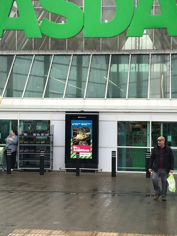 Advertising in Supermarkets - Media Planning & Buying Specialists -
