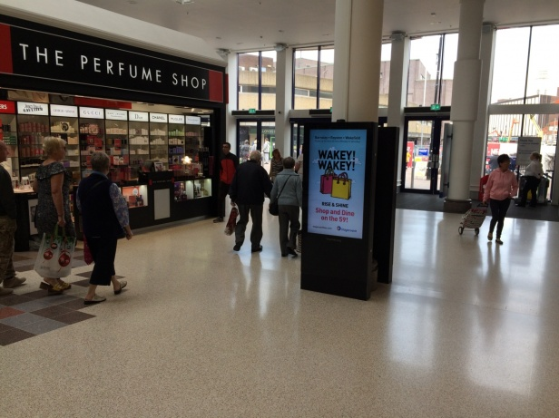 Shopping Mall Advertising - Media Planning & Buying Specialists -