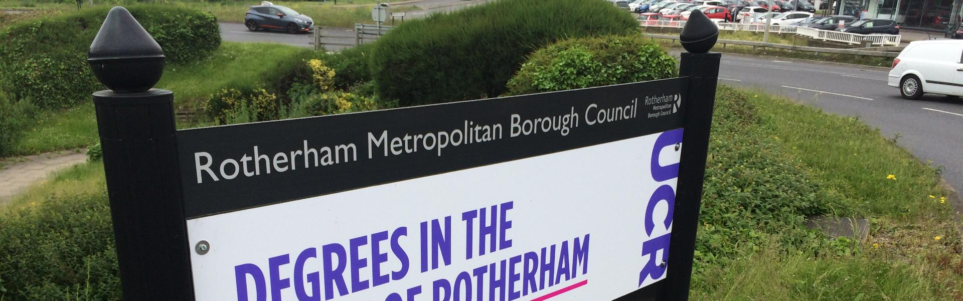 Roundabouts and Boundary Sign Advertising - Planning & Buying Experts